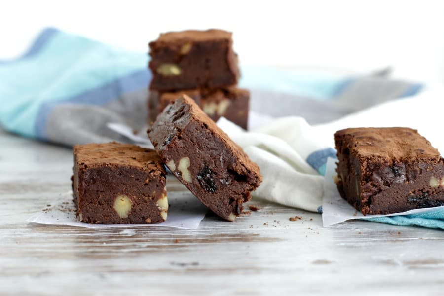Squares of Whisky raisin walnut Brownies