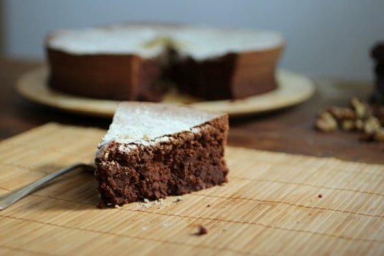 Flourless Chocolate Bean Cake