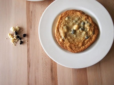 Momofuku Blueberries and Cream Cookies