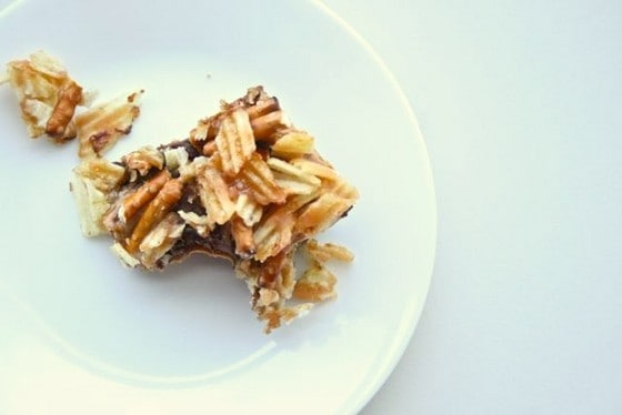 Junk Food Magic Bars – a guest post from Gotta Get Baked