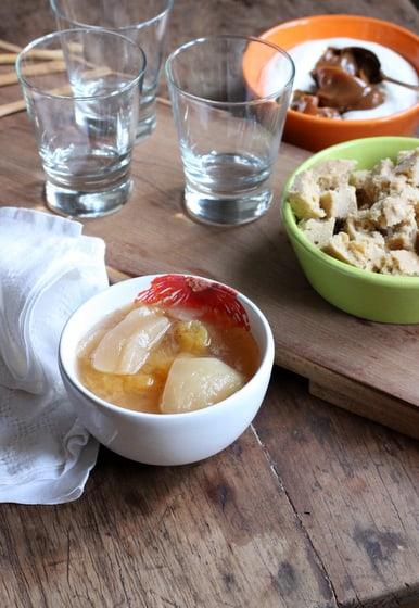 Creamy Peach Dulce de Leche Trifle