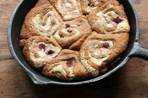 GRAHAM-CRACKER-RASPBERRY-ROLLS