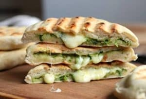 pesto mozzarella filled naan