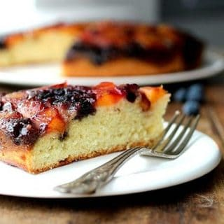 PEACH-BLUEBERRY-UPSIDE-DOWN-CAKE