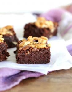 Easy extra Fudgy walnut brownies
