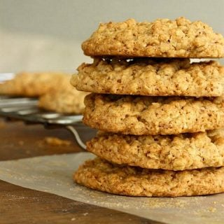 Easy Oatmeal Walnut cookies