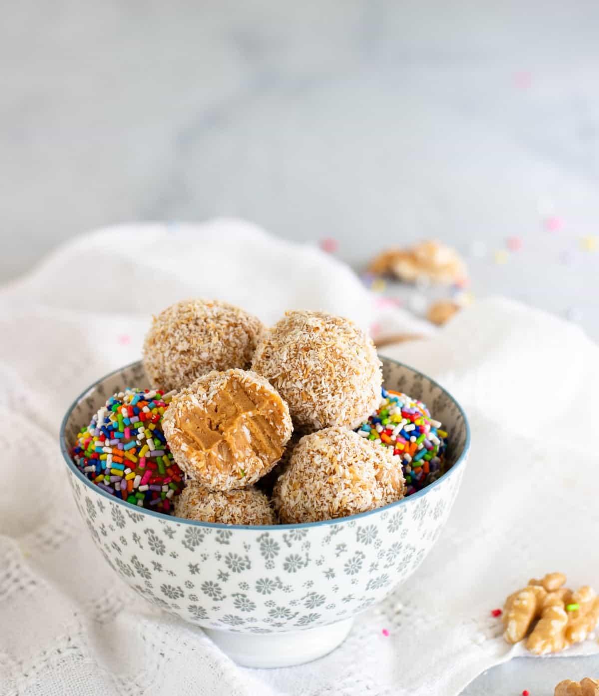 dulce de leche coconut fudge balls